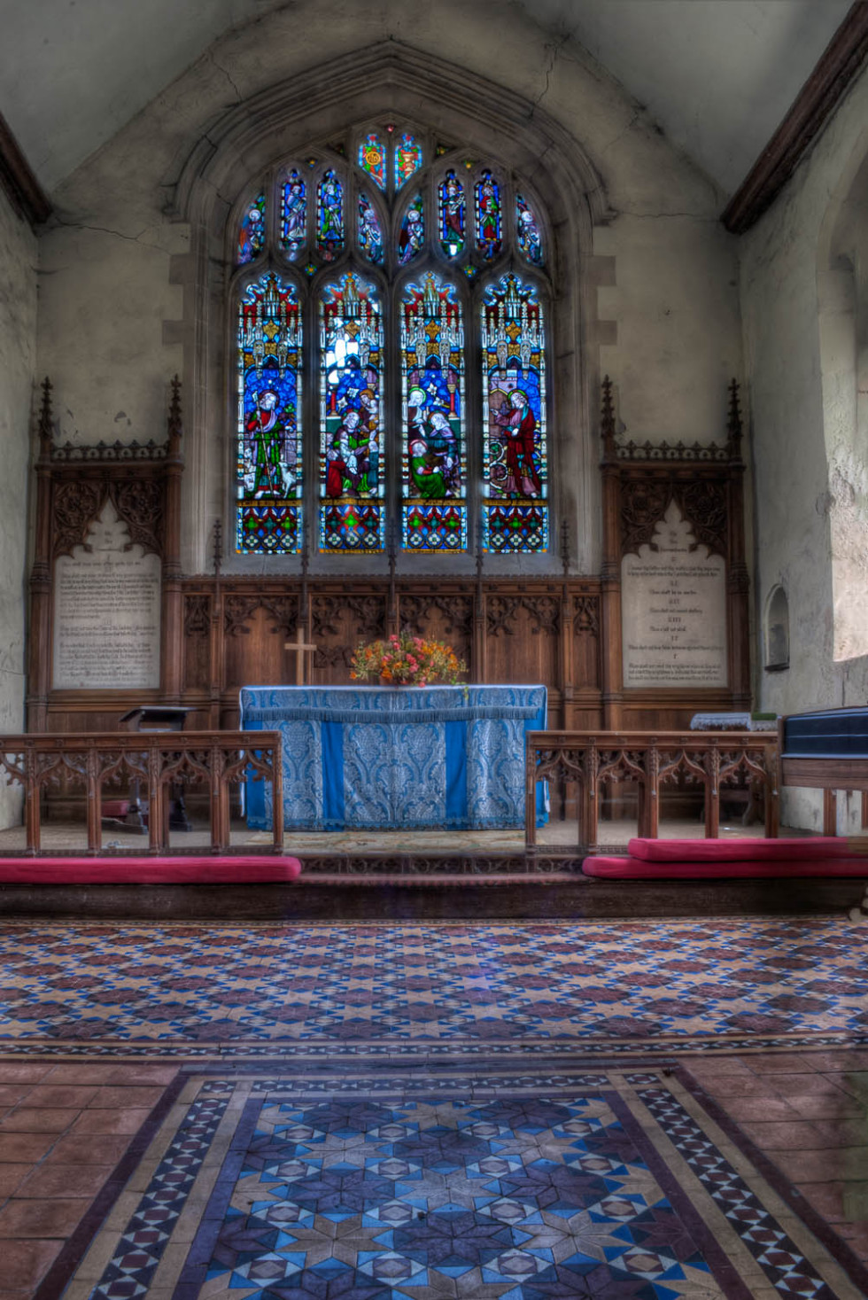 Inside the church at Beauchamp Roding