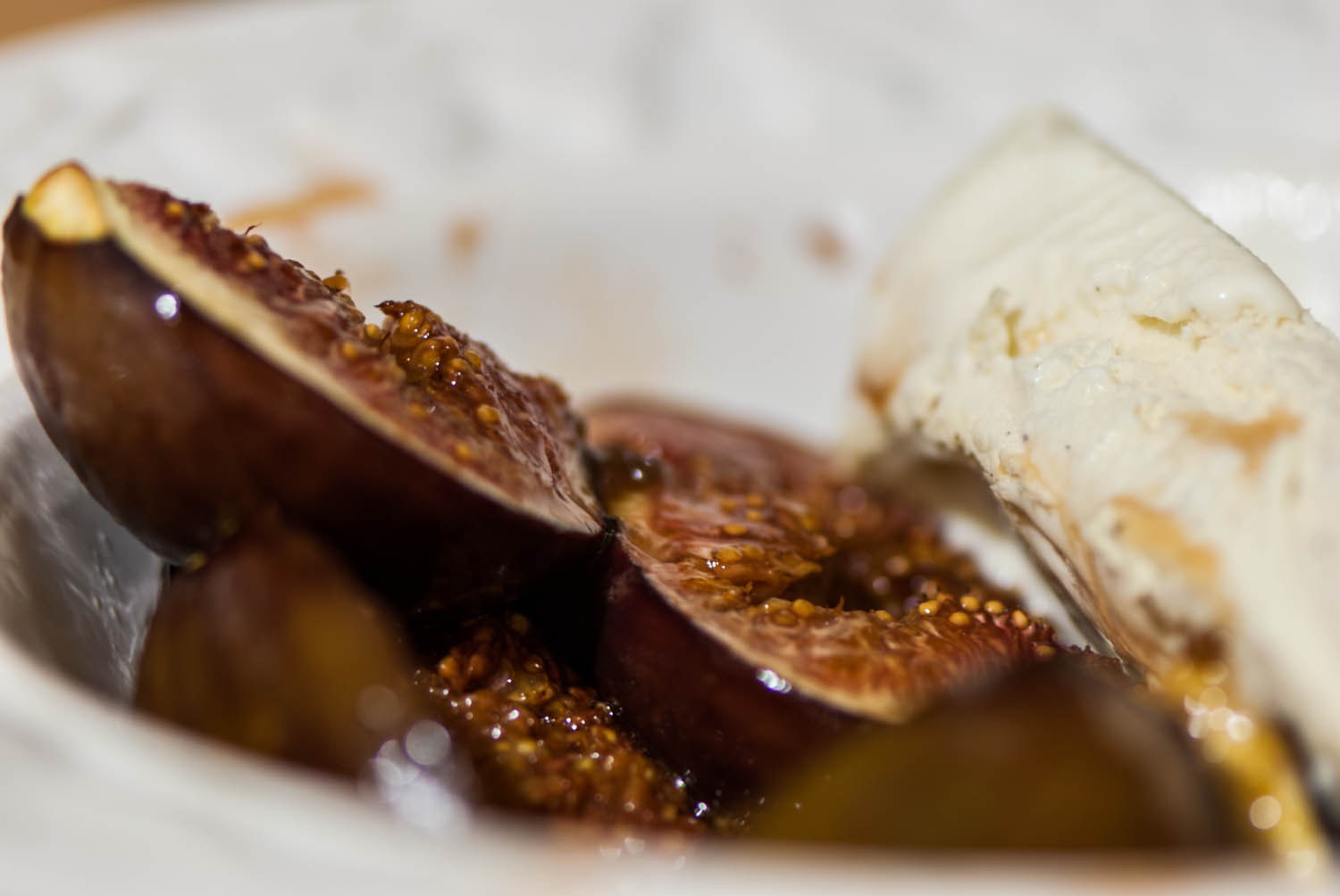 Figs with Muscovado sugar and Vanilla Ice Cream