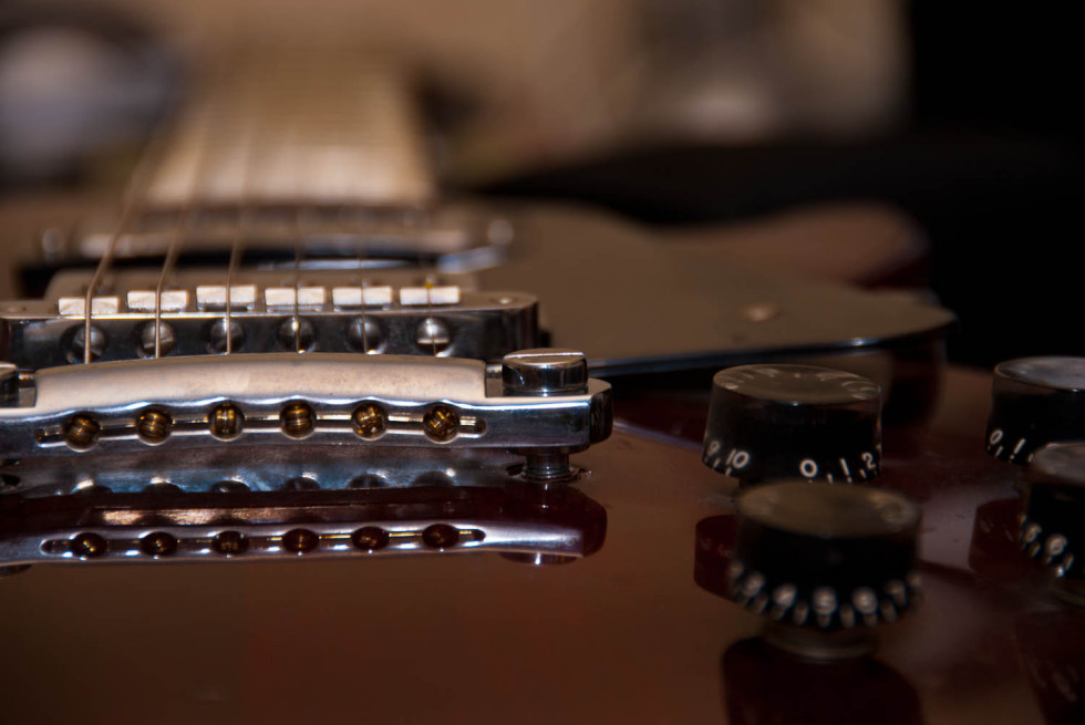 Les Paul Studio Bridge Detail