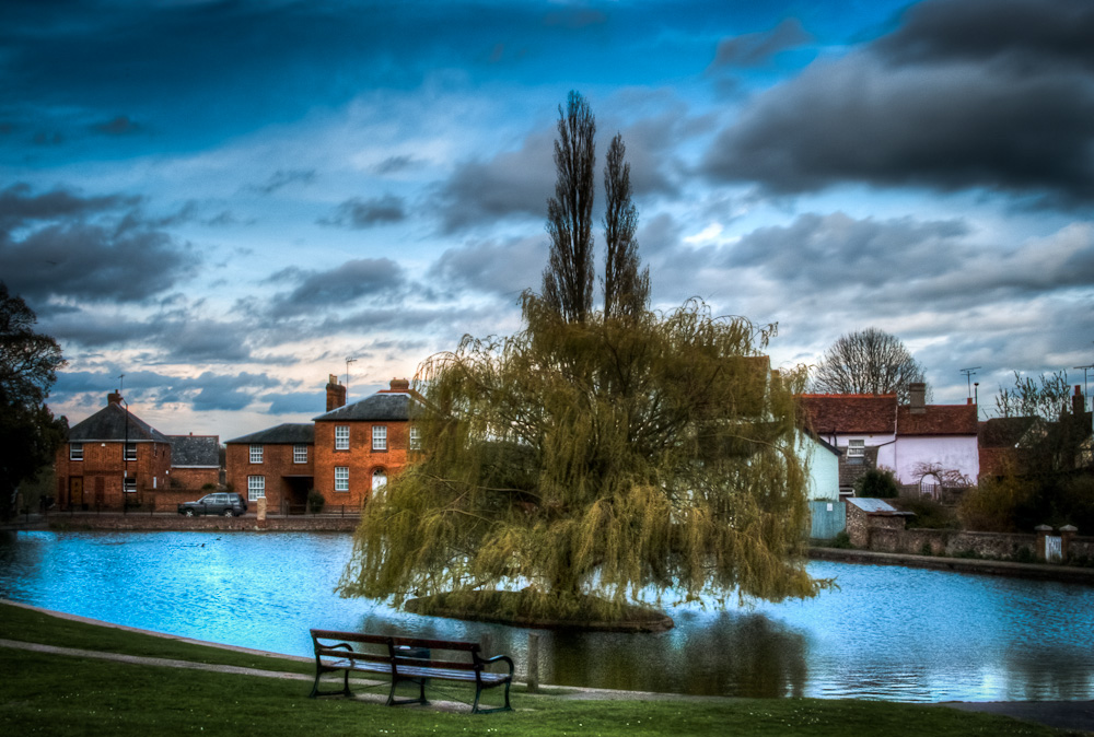 A break in the April Showers at Doctors Pond, Dunmow