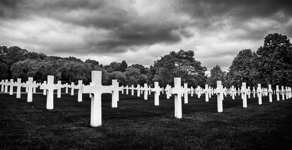 The American Cemetry B&W