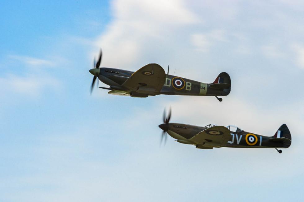 30/52 A Brace of Spitfire