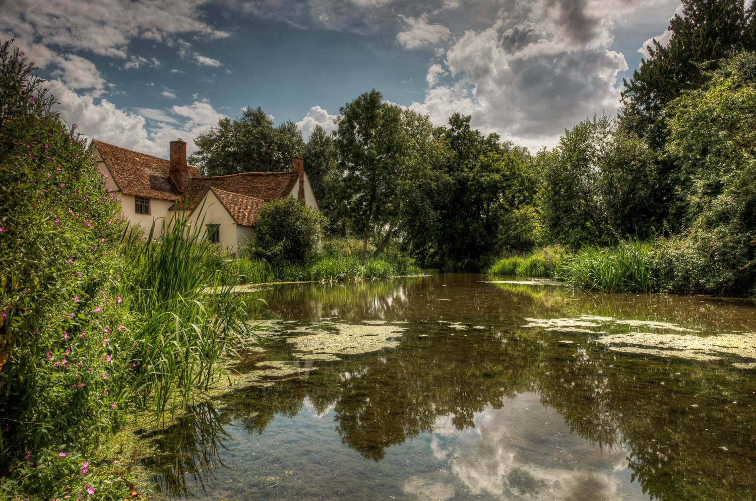 By Flatford Mill