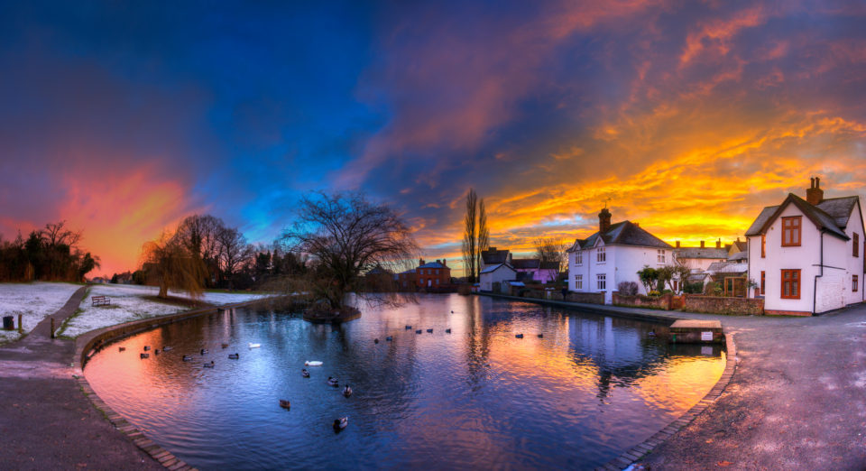 180 degree panorama of Doctors Pond at Sunrise