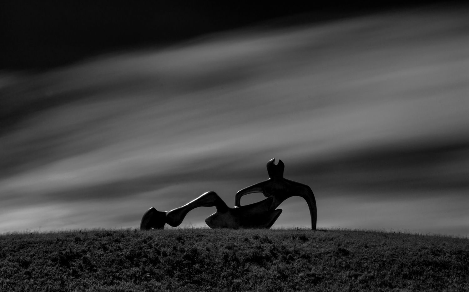 Large Reclining Figure - long exposure