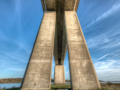 327/365v2 Orwell Bridge Standing Tall