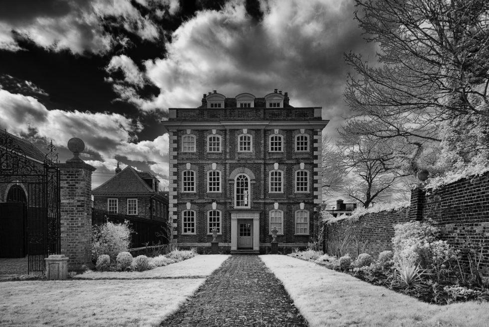 183-365v3 - Rainham Hall